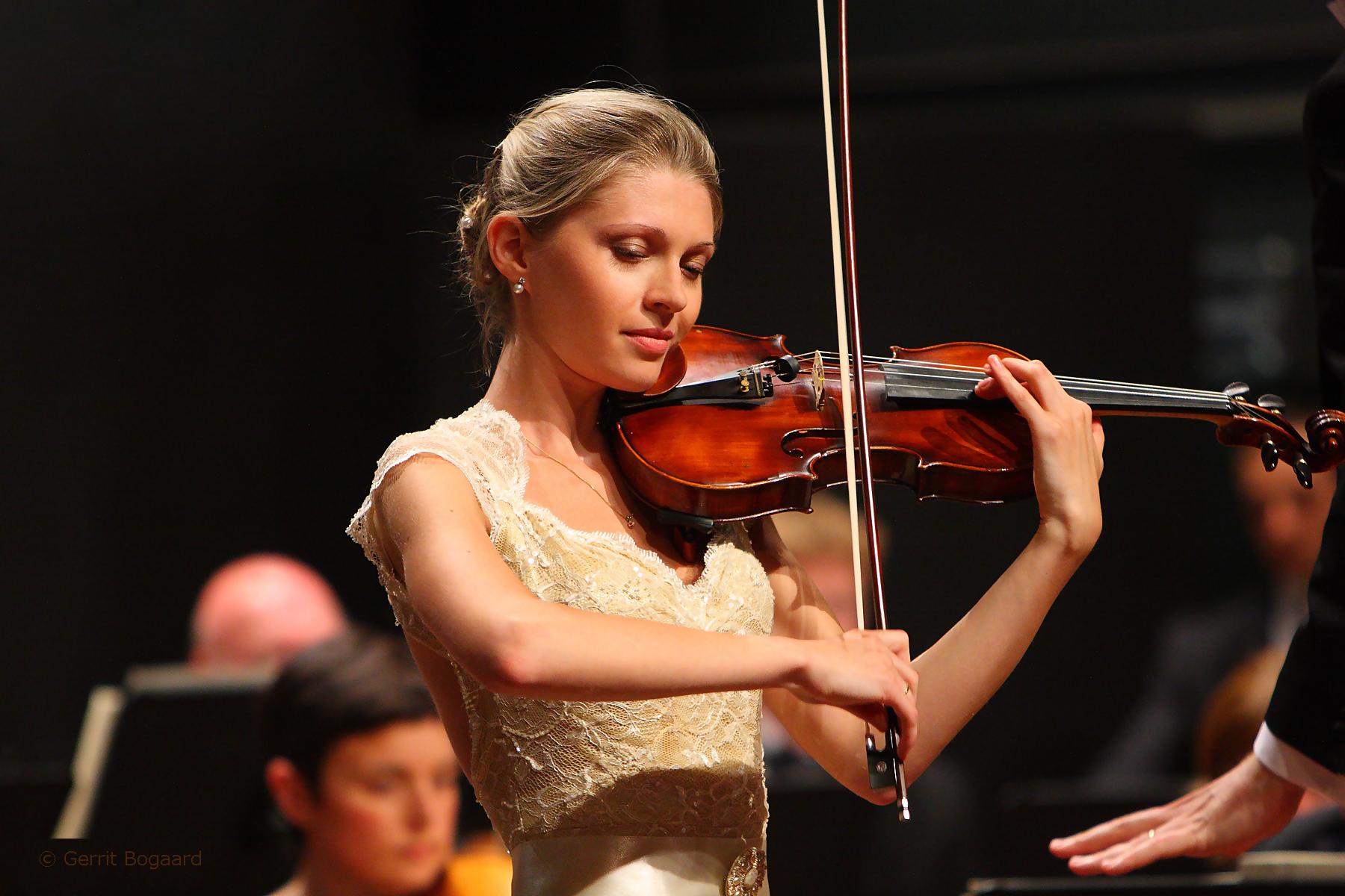 Tchaikovsky Violin Concerto Part 1